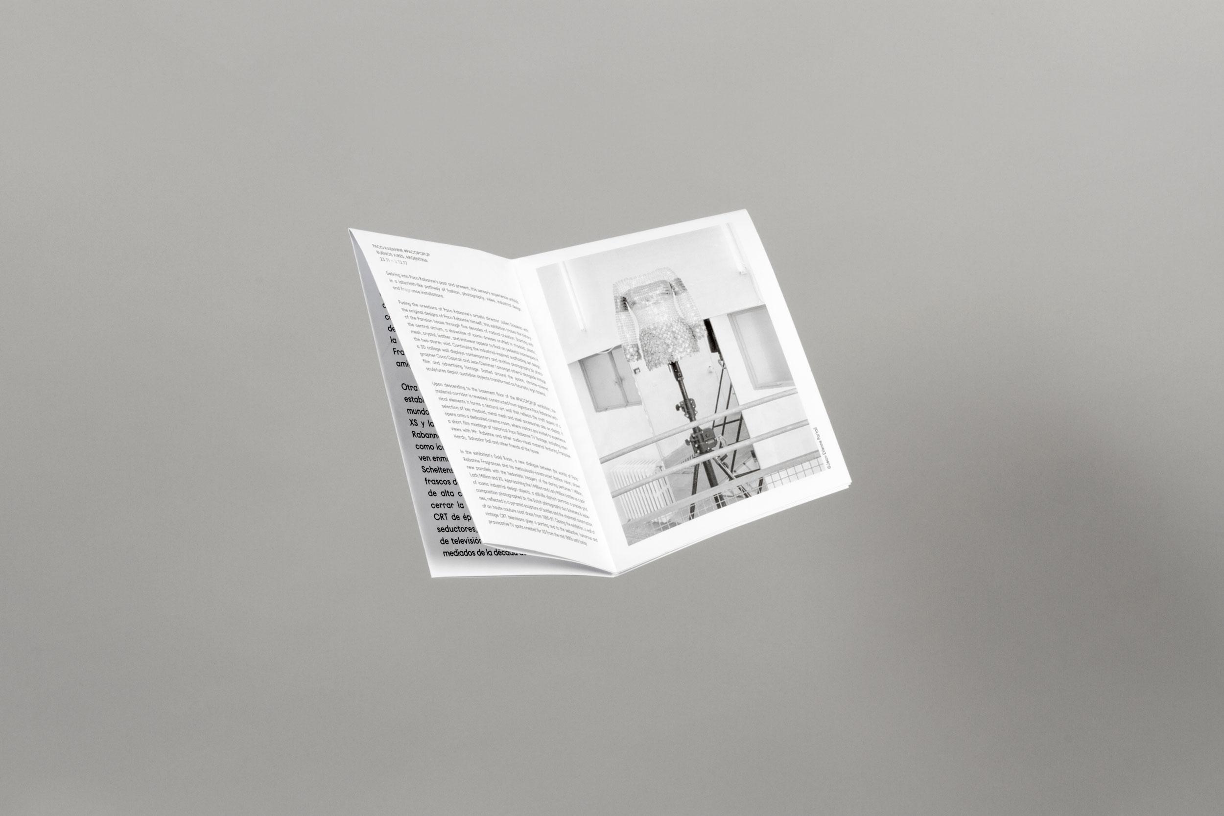 Paco Rabanne Folleto diseño gráfico Noreste estudio