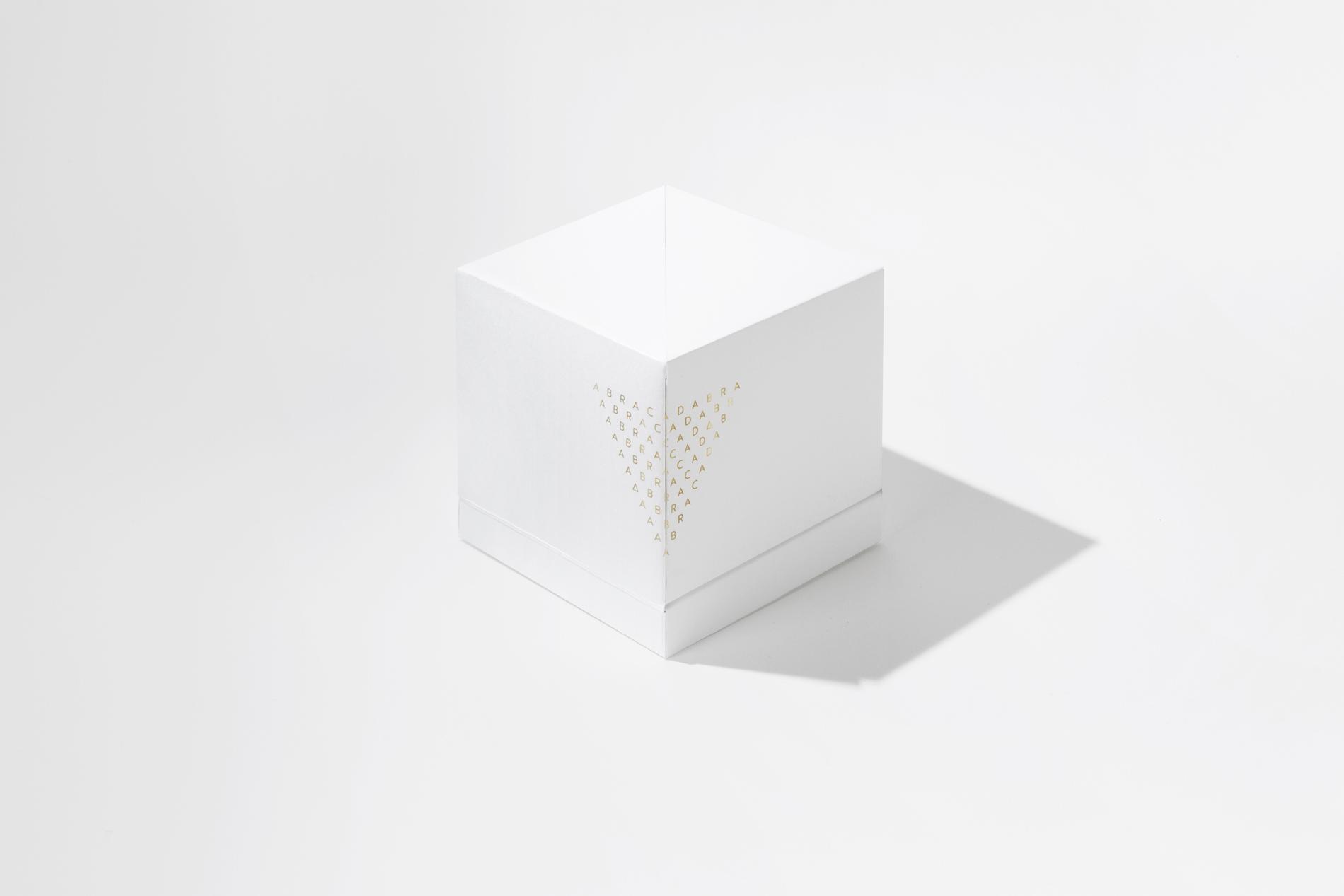 Diseño gráfico y packaging perfumería