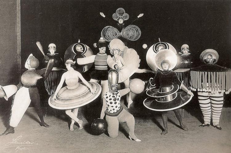 "Oskar Schlemmer ""The Triadic Ballet"""